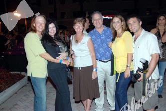 Michael  & Renee Quinn, and Terri & Ken Ortner, Jackie Kotsakas - Riverwalk Trust and photographer from Go Riverwalk