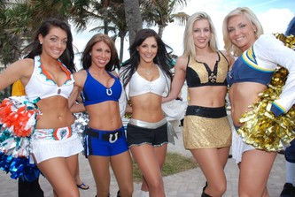 January 29, 2010 BATTLE OF THE BEAUTIES SHAKES UP PRO BOWL