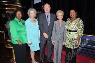 Bertha Henry, Mayor Sue Gunzburger, Phil Allen & Sally Allen & Commissioner Barbara Sharief